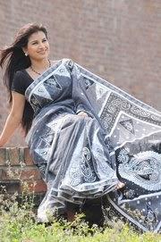Bangladeshi+Model+and+Actress+Farhana+Nisho003