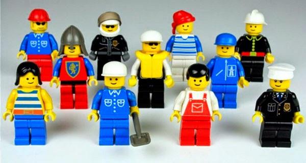 primeras minifiguras LEGO