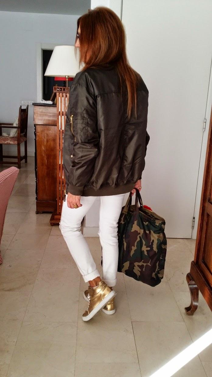 Style, Carmen Hummer, Look, Bomber, Lefties, Chollo, Caqui, Bag Camo, StreetStyle, Fashion Blogger, Semana de la Moda, 2015, Urban Chic, Donde comprar