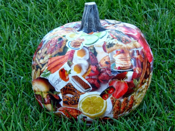 How to decorage a funkin pumpkin