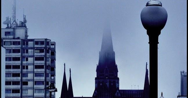 La pipa de magritte borges y el tiempo - El tiempo les borges blanques ...