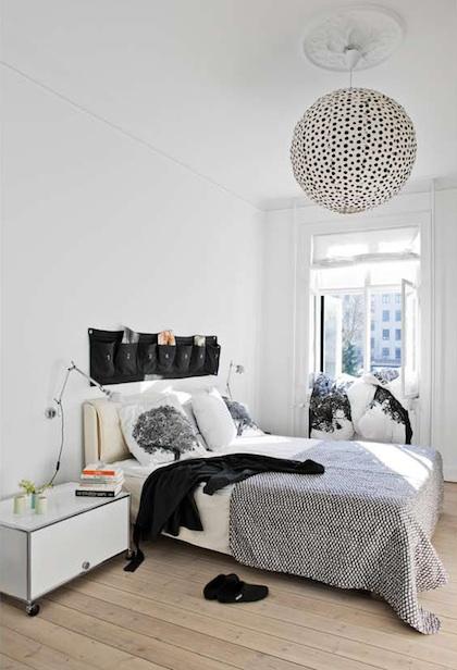 Ein Schlafzimmer in schwarz und weiß - Christine Oertel Interior ...