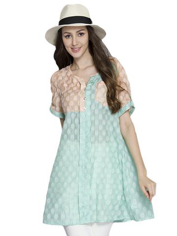 Model baju yang cocok digunakan untuk wanita bertubuh kurus  Gaya
