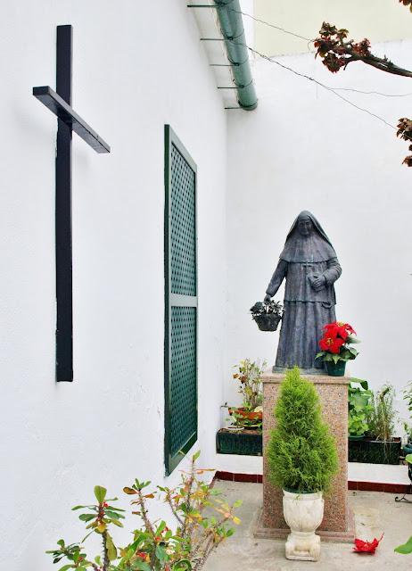 Sevilla daily photo la casa de santa ngela de la cruz - Apartamentos los angeles sevilla ...