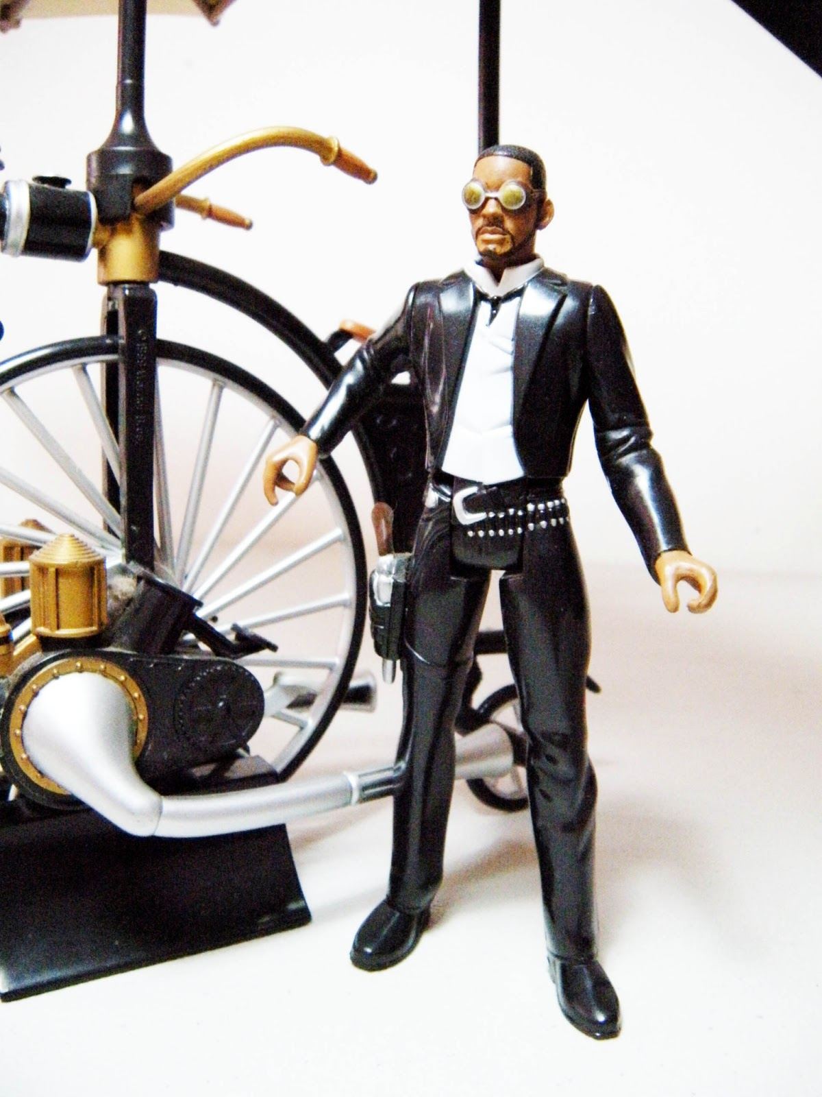 The Wild Toys : Daily toyz toy viewing wild west desert wasp