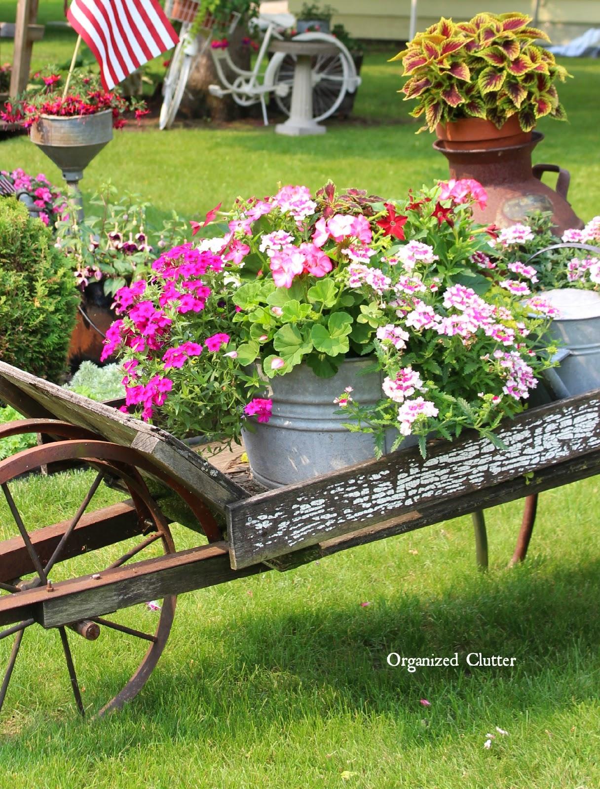 rustic garden wheelbarrow 2015 - Rustic Garden 2015