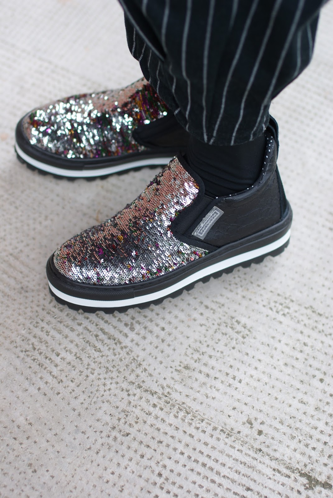 Fornarina sequin slip on sneakers on Fashion and Cookies fashion blog, fashion blogger