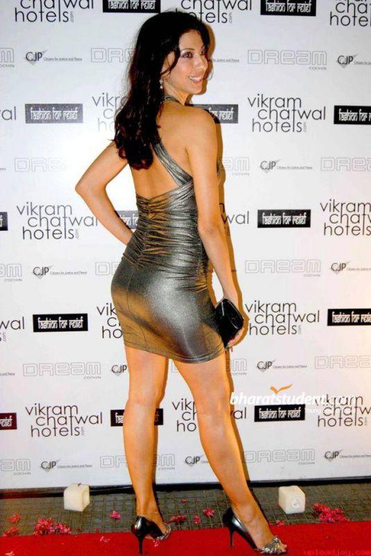 model actress vida samadzai