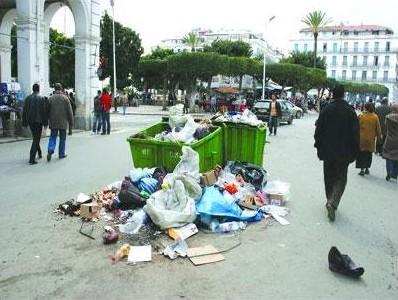Les ordures dans les rues d'Alger, est-ce une fatalité?