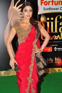 Actress Shriya Saran Latest Pictures in Red Saree at IIFA Utsavam Awards 2016  25281)