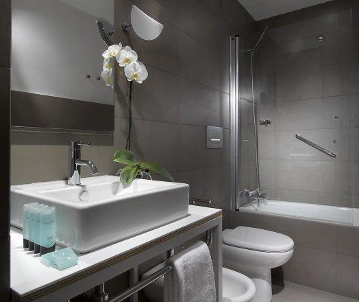 baño suite parraga siete