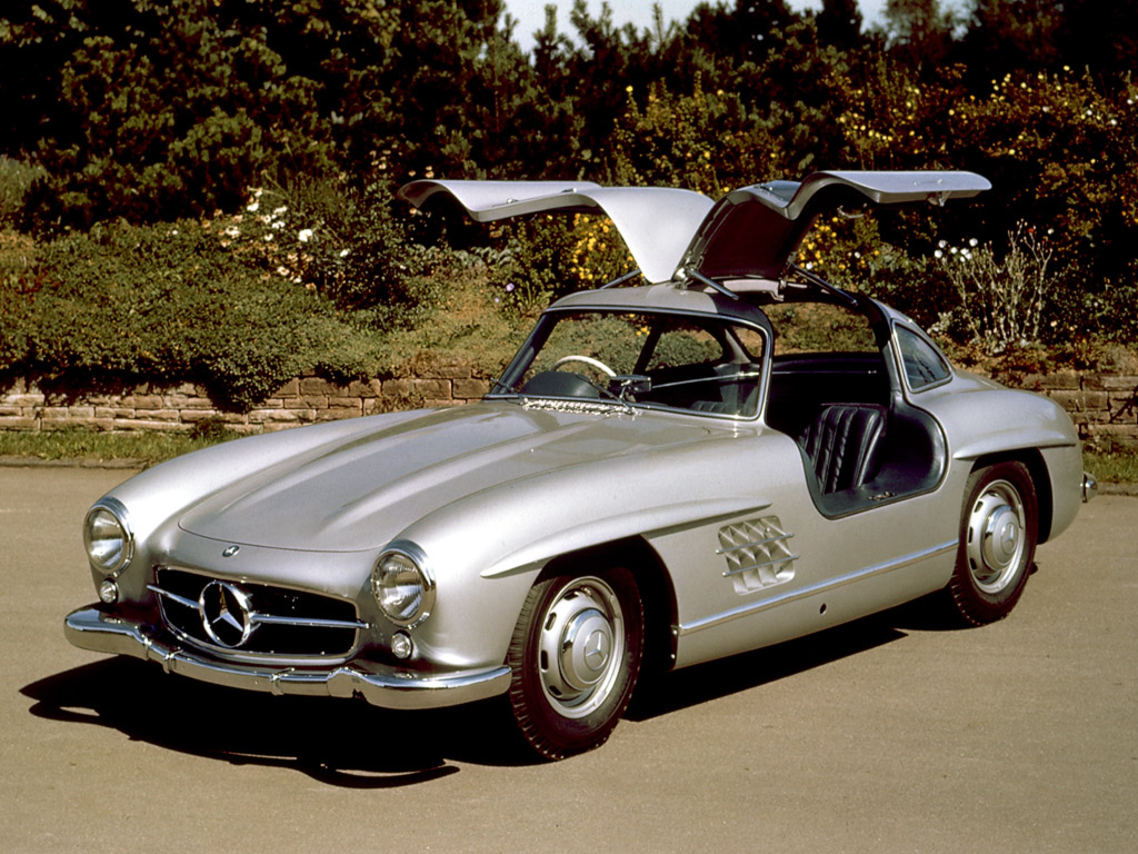 Mercedes benz news mercedes sl turns 60 for Mercedes benz vintage cars