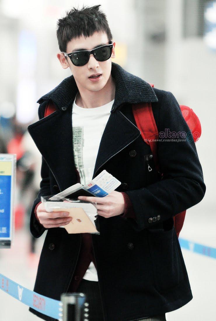 Korean Hairstyles - Nichkhun Buck Horvejkul ( 2PM ) Korean ... Nichkhun 2012