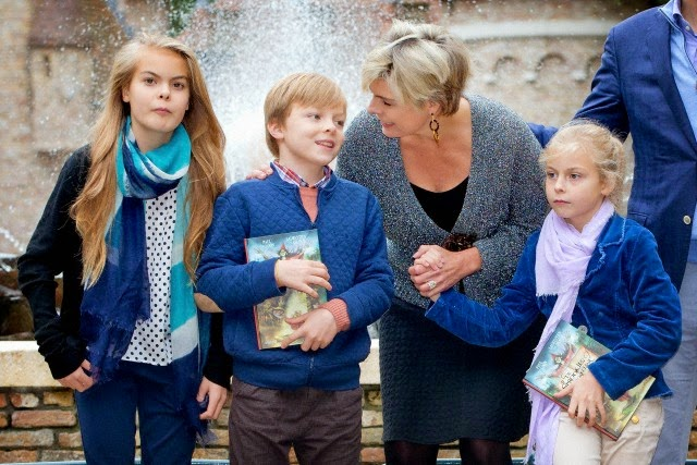 Dutch Prince Constantijn, Princess Laurentien, Countess Eloise, Count Claus-Casimir and Countess Leonore visit theme Park De Efteling after the presentation of the new fairy tail book of Princess Laurentien De Sprookjessprokkelaar in Kaatsheuvel, The Netherlands,