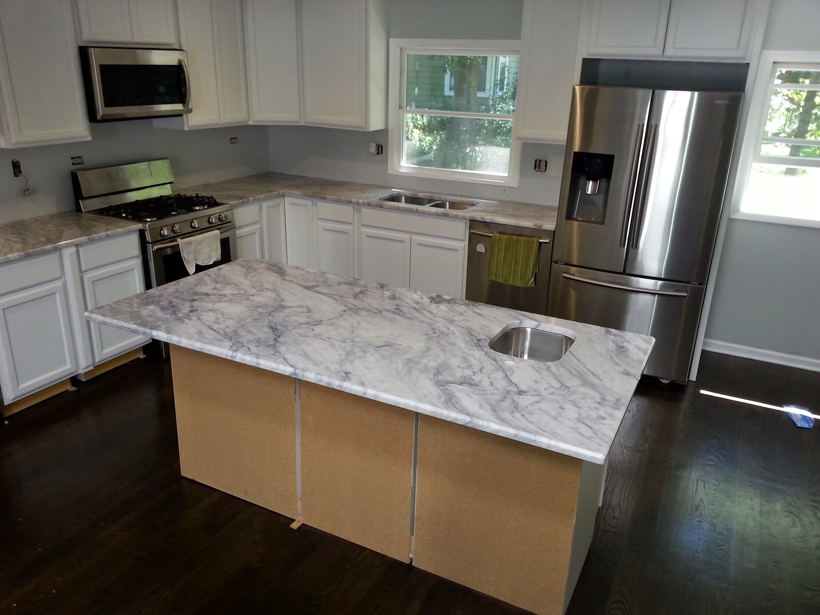 Quartzsite Super White By Art Granite Countertops Inc.