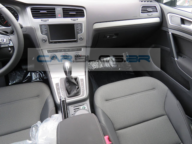 VW Golf 1.6 MSI Flex Automático - interior