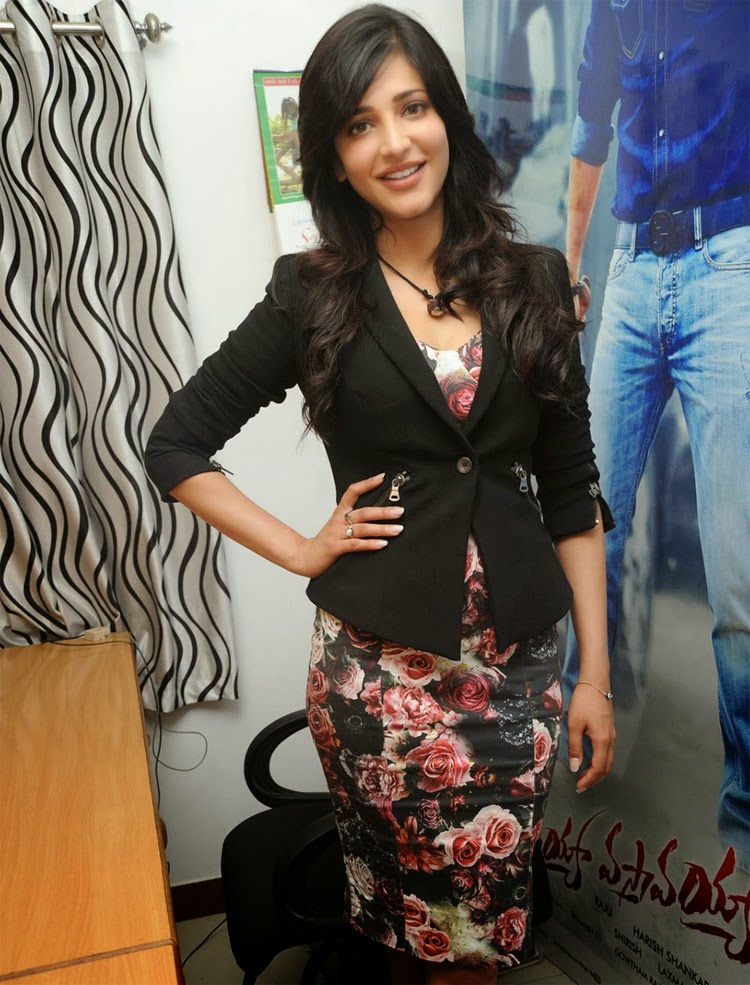 Actress Shruti-Haasan Stills