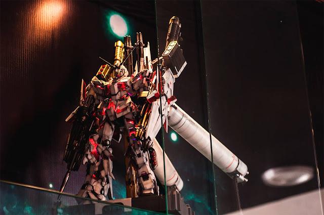 PG Unicorn Gundam Full Armor show collection