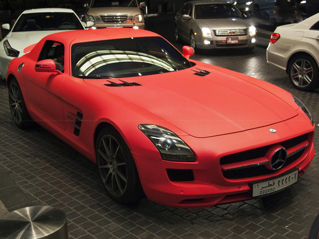 car in top 10 carros rosas