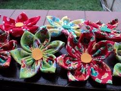 As flores recebidas aqui, me encantam e me trazem vida ao meu blog. Obrigada, SU, seje bem vinda!