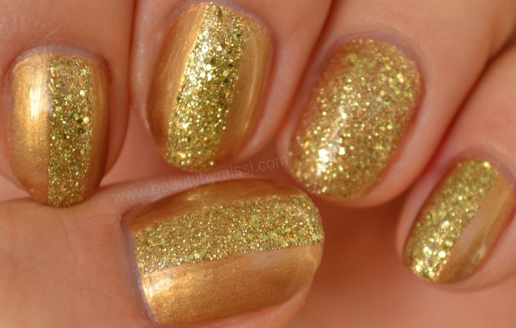 golden manicure, glitter, stripes