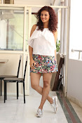 Seerat Kapoor New glam stills-thumbnail-18