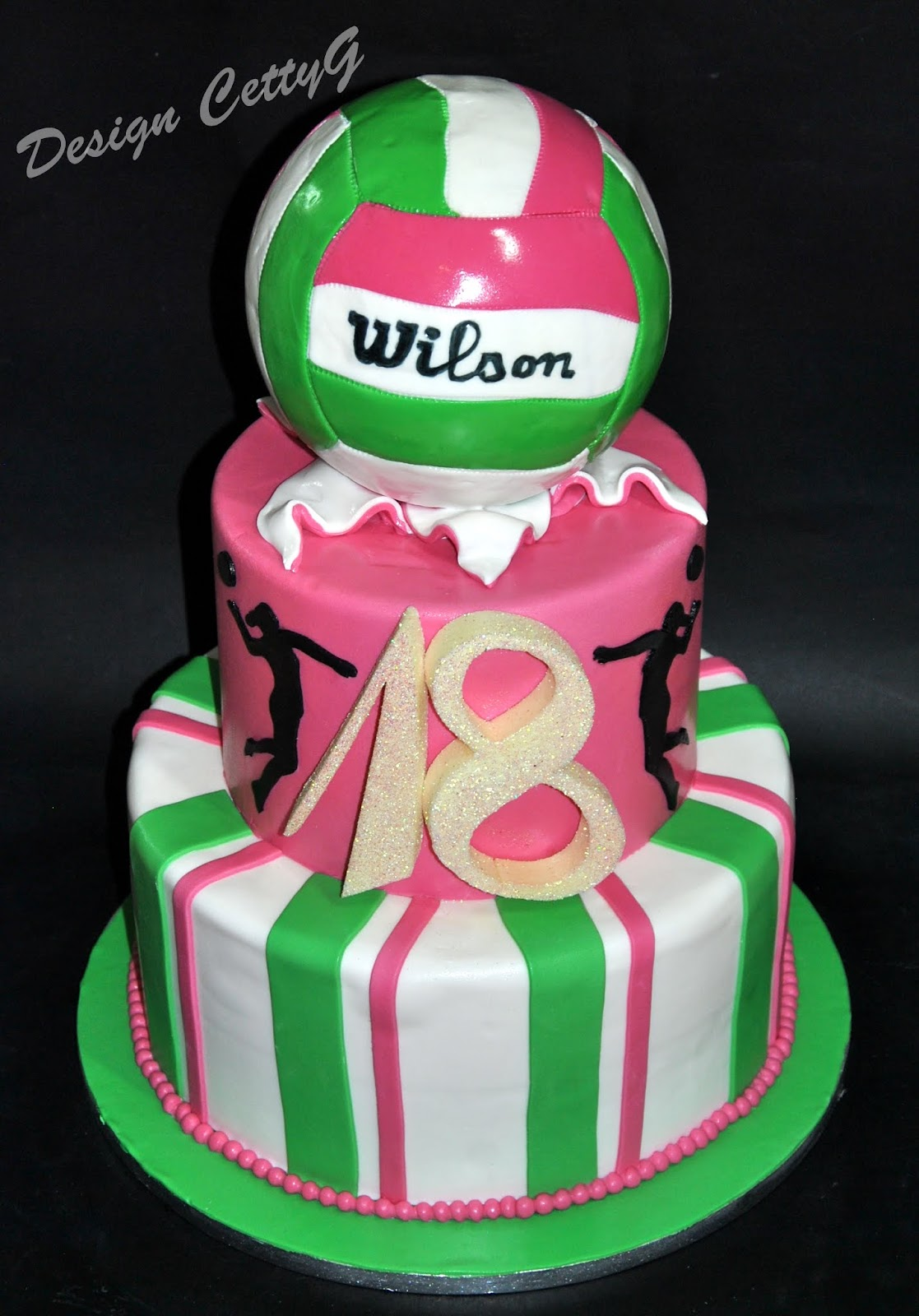 Le torte decorate di cetty g volley cake 18 anni for Torte 18 anni ragazzo