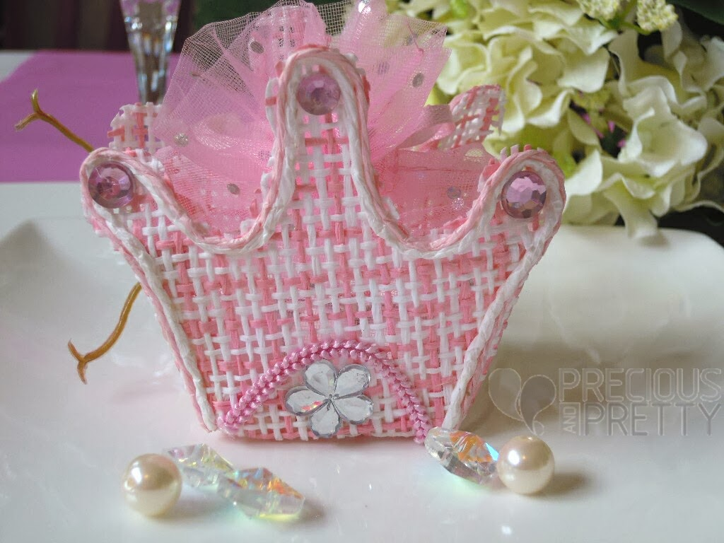 favors for girl's baptism with crown