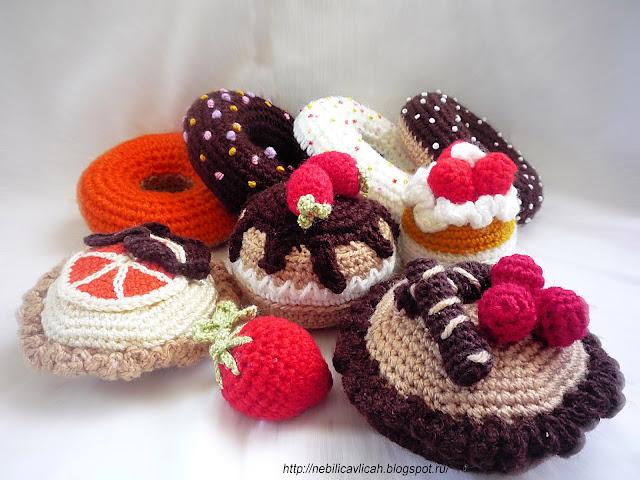 вязаные крючком пироженые еда для ролевых игр дома или в детском саду