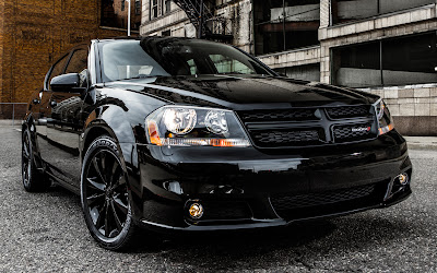 2013 Dodge Avenger Blacktop front three quarters view