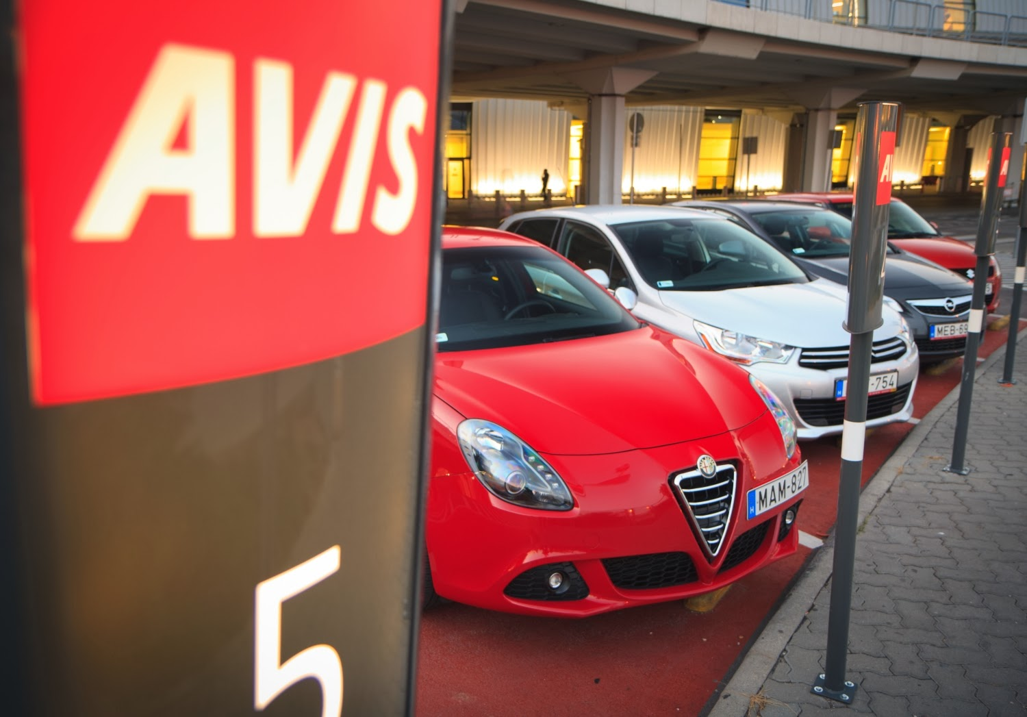 Avis Car Rental Warsaw In
