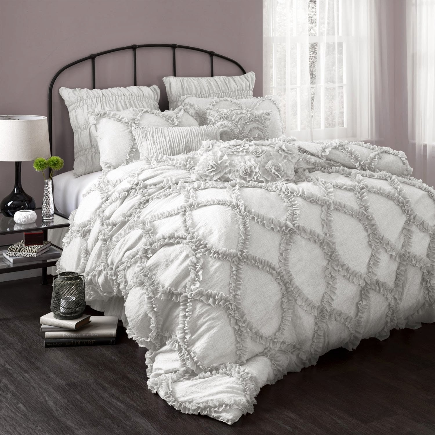 Silver & Gray Bedding Sets Picking a color for a bedding set is the fun part of choosing bedding! Gray is a versatile color; you can find gray and silver bedding sets in all styles and patterns, from bold contemporary patterns to an elegant ruffled bedding set.