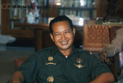 """10 Kisah """"Pak Harto The Untold Stories"""""""