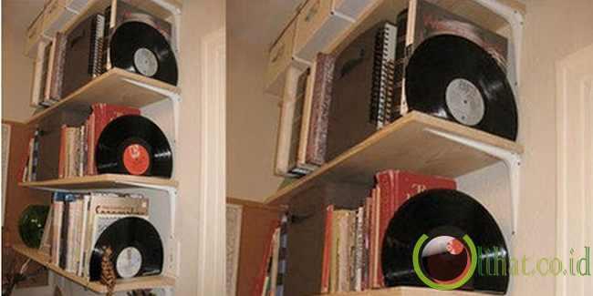 Jadi Hiasan Rak Buku/Vinyl