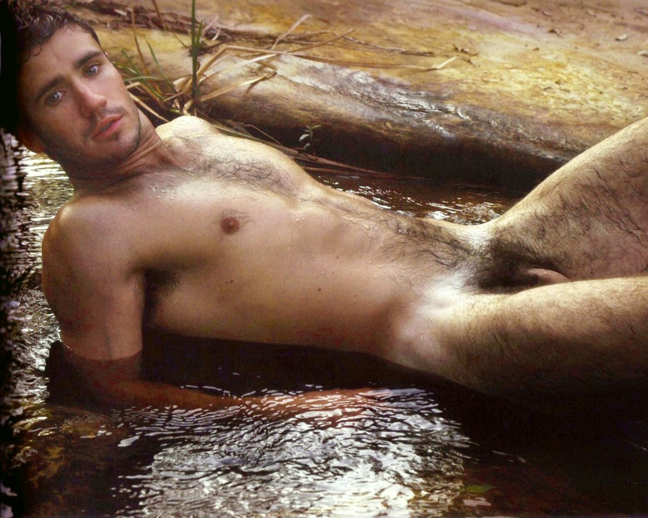 nude men with tattos