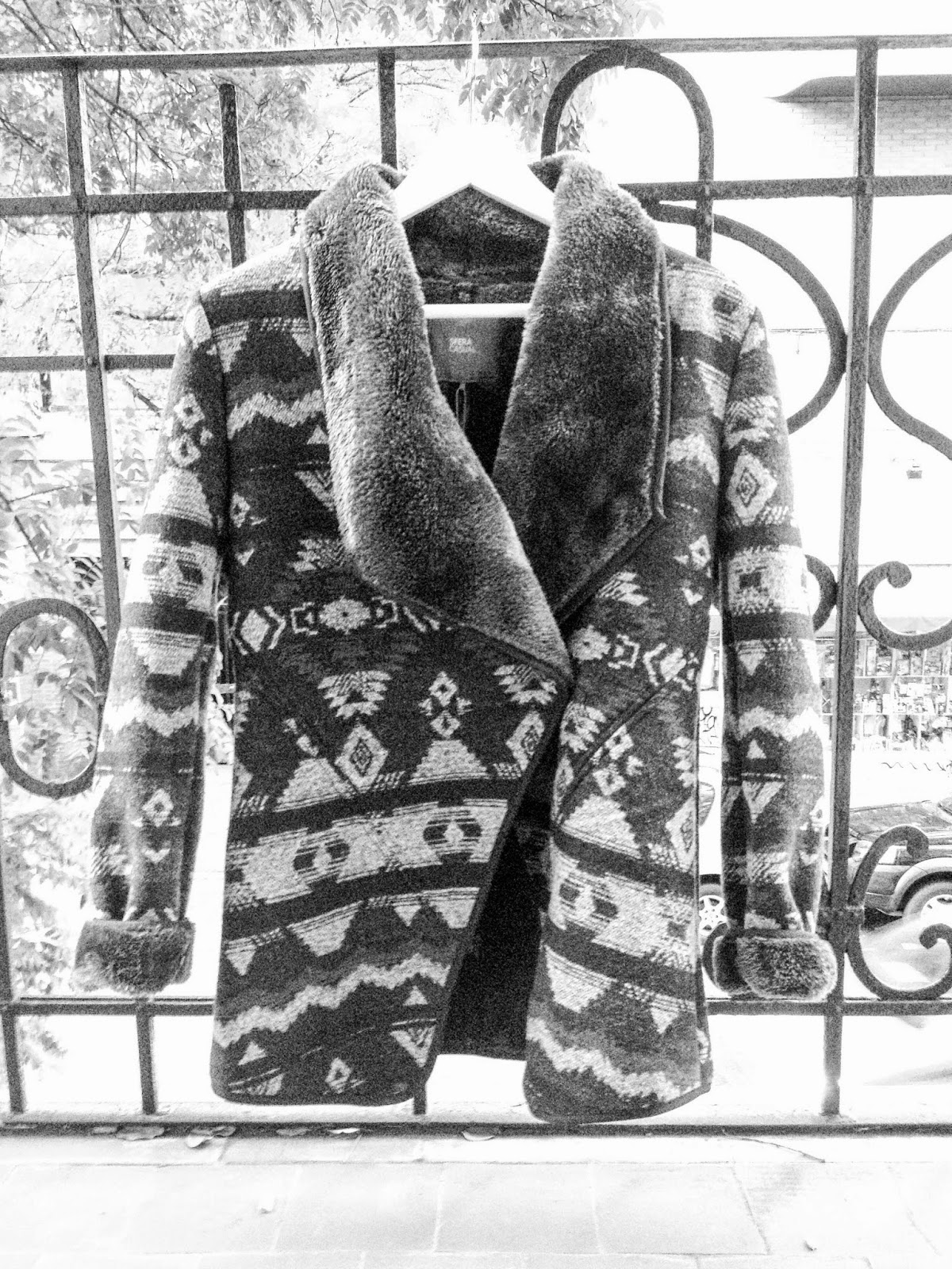manteau coat azteque sfera fourrure details kaki whatsupdebs whats up debs