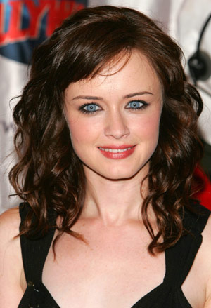 Hair Style Trends Makeup for Virgo Women Alexis Bledel-2