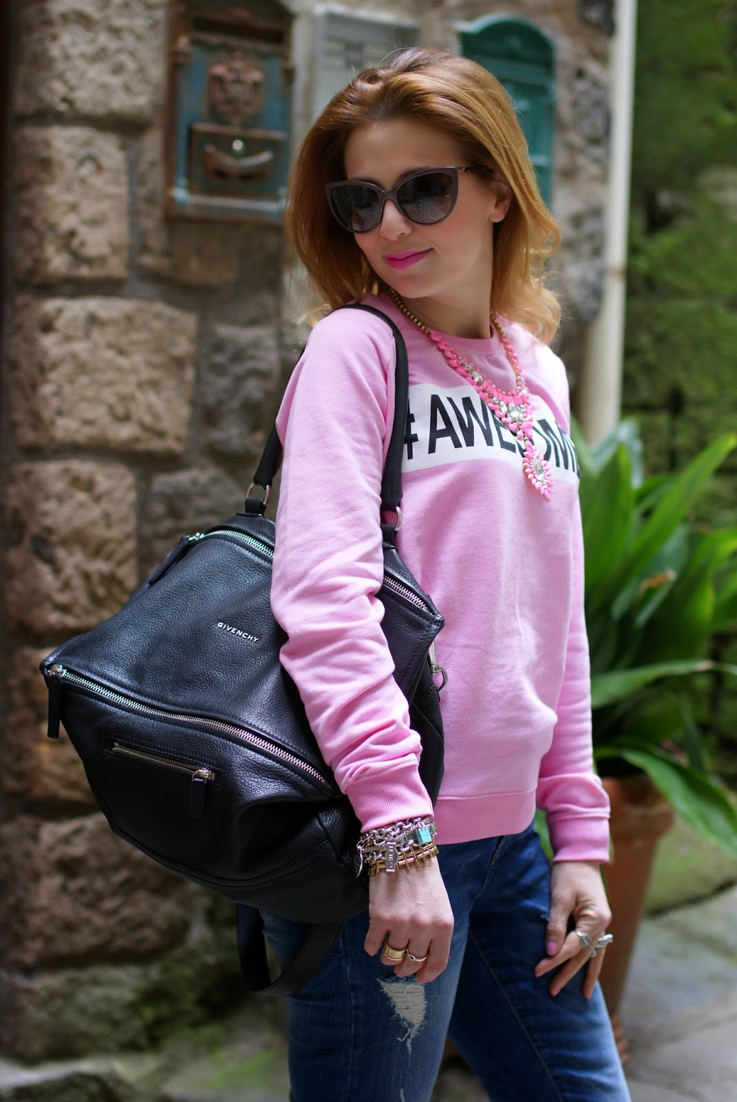 Awesome sweatshirt, Givenchy Pandora bag, Pimkie sweatshirt, Fashion and Cookies, fashion blogger