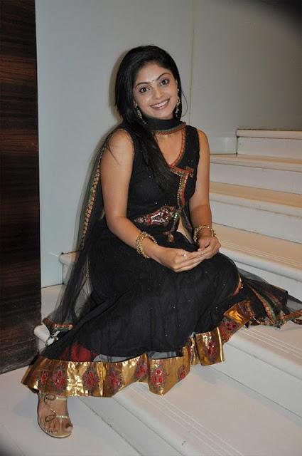 shikha in padam paarthu kathai sol movie cute stills