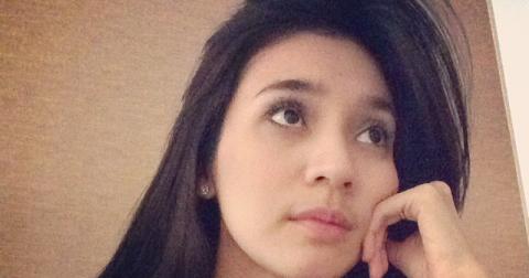 Ida Berani Selfie Bugil Pic 22 of 35