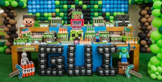 Southern blue celebrations minecraft cakes - Decoracion fiesta jardin ...