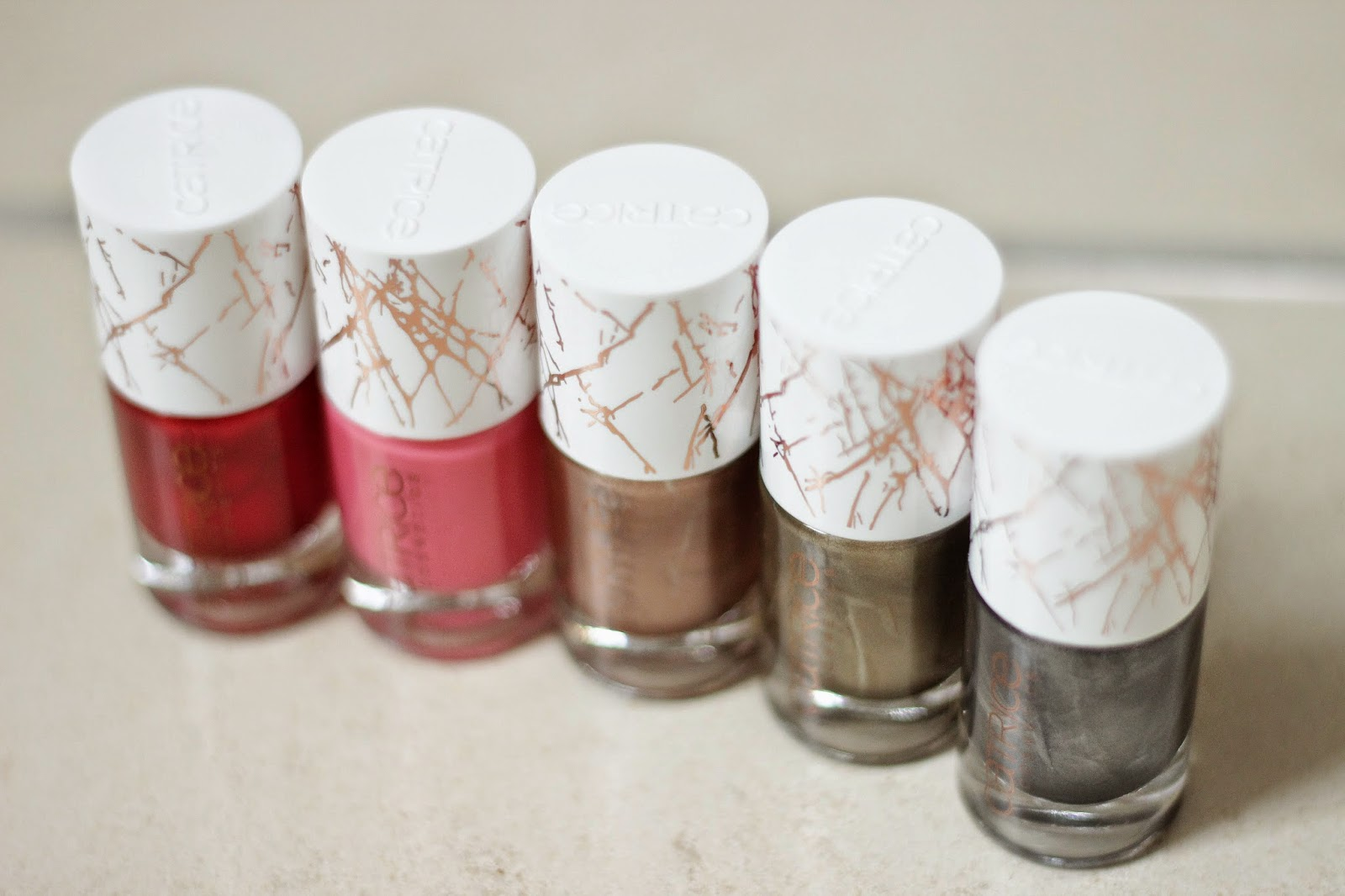 catrice metallure review, catrice metallure nagellakjes swatches