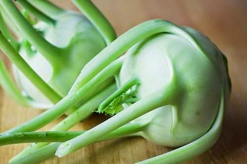 Kohlrabi with Thigh Beef Soup Recipe - Canh Su Hào Bắp Bò