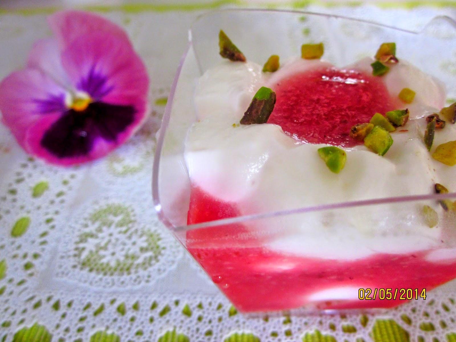 verrine allo yogurt,fragola e zenzero