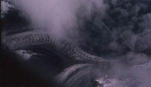naga di atas awan, naga gunung tibet,