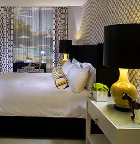 35-inspirasi-desain-ruang-tidur-bernuansa-hitam-putih-030