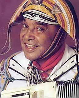 Blog de andreluizichu : REPÓRTER ANDRÉ LUIZ - ICHU - BAHIA - (75) 8122-4970 - DEUS É FIEL - EMAIL: andreluizichu@hotmail.com, Hoje faz 44 anos que Ichu se emocionou com a presença do Rei do Baião Luiz Gonzaga