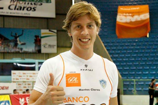 Universo do Vôlei  (MERCADO) Sada Cruzeiro assina com jovem oposto ... 7cacfbbe64a78