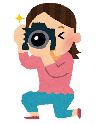 一眼レフカメラを構える女性のイラスト「カメラ ... : 幼稚園 素材 : すべての講義