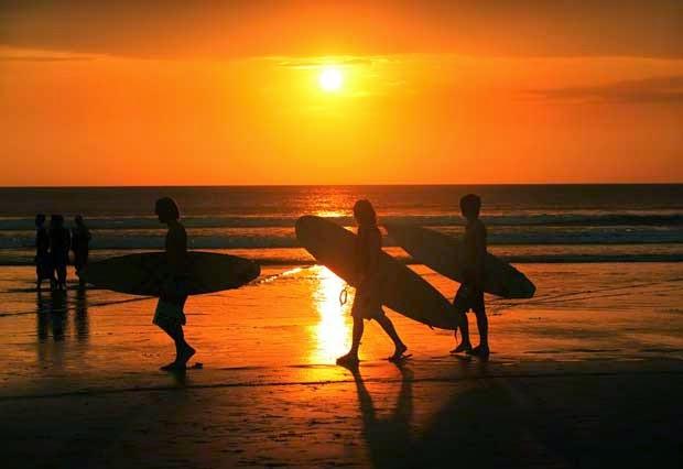 weekend in bali, romantic holiday in bali, wedding in bali, underwater wedding, honeymoon bali, adventure, surfing, diving, sunset in Bali